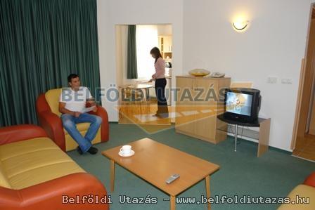 Club MenDan Apartmanház (4)