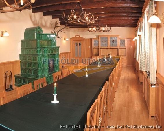 Huszárokelőpusztai Vadászház és Üdülőház (8)