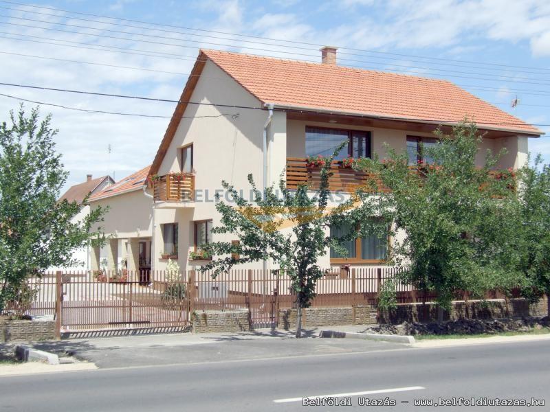 Aura Vendégház (5)