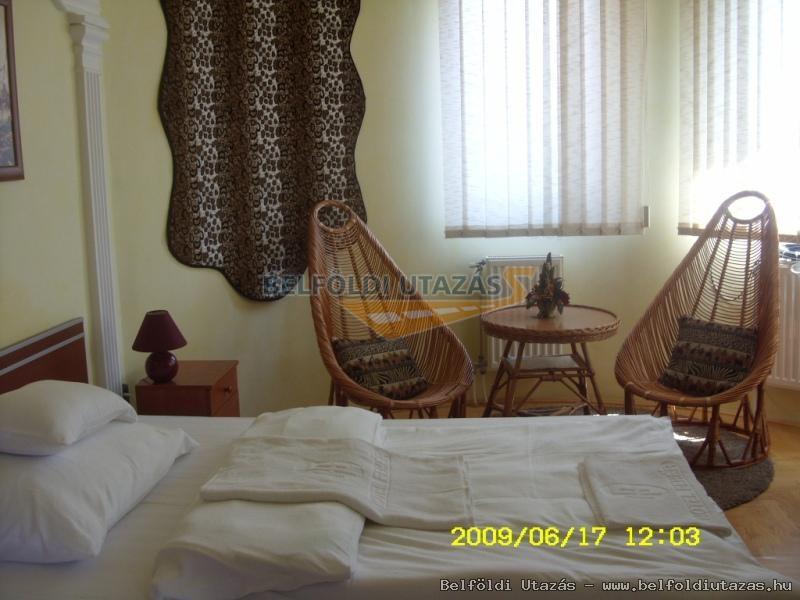 Kovács Hotel - Étterem és Apartmanház (31)