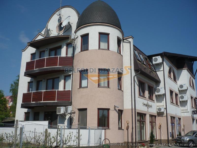 Kovács Hotel - Étterem és Apartmanház (2)