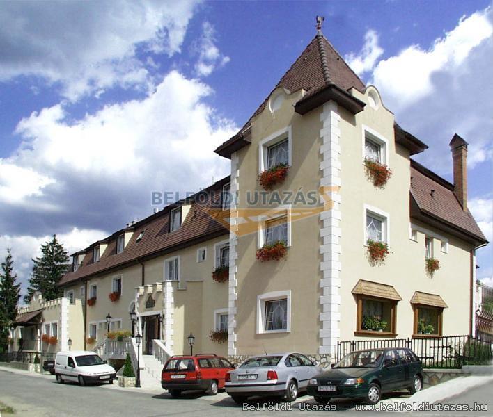 Hotel Kikelet Club *** (1)