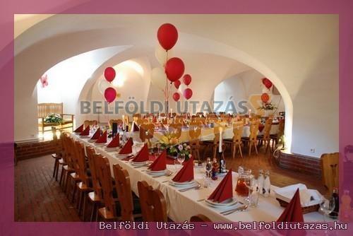 Savoyai Schlosshotel*** (4)