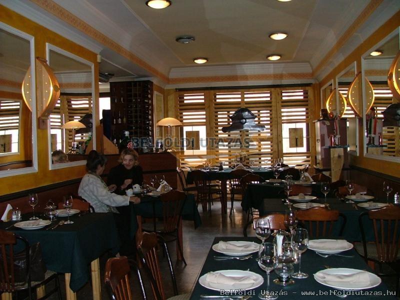 Corvin Hotel *** & Restaurant Gourmet (3)