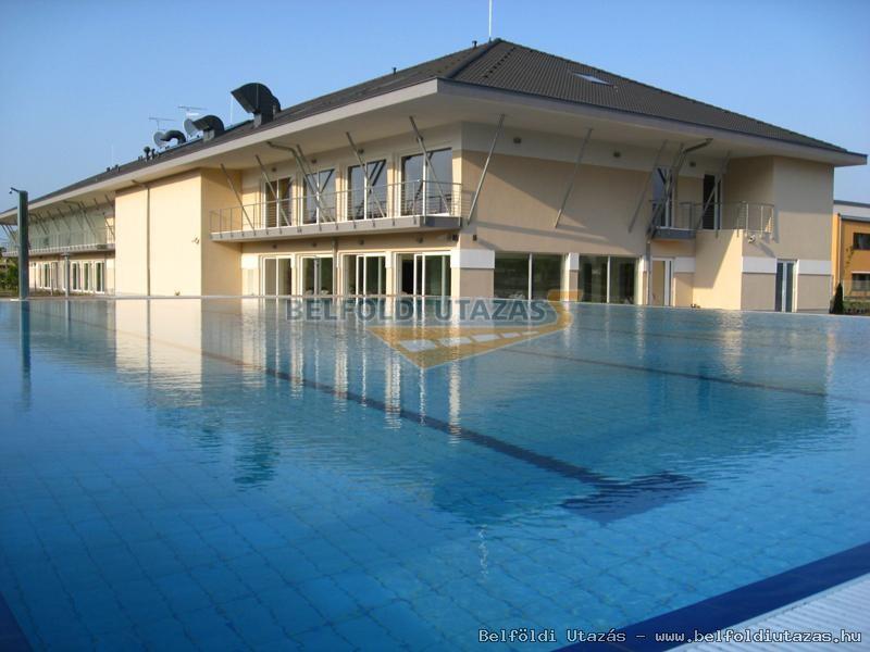 Szépia Bio & Art Hotel **** (1)