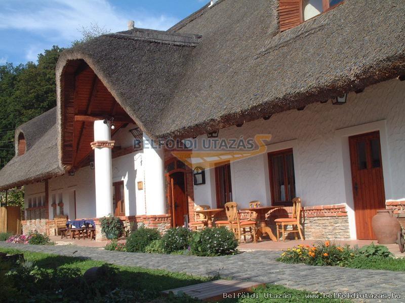 St. Michael Panzió és étterem - Lovaspark (3)