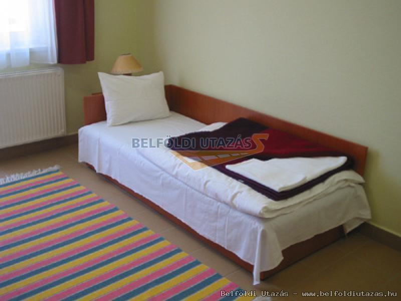 Auguszta Hotel (2)