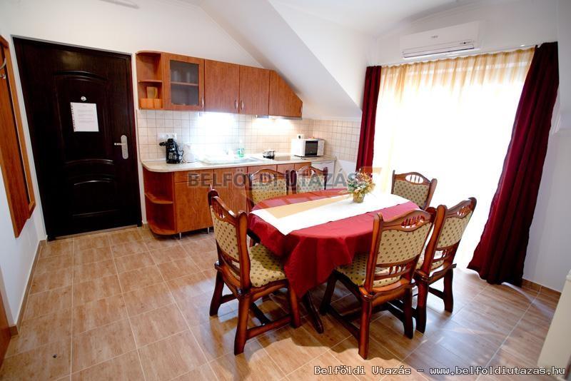 Apartmen 4