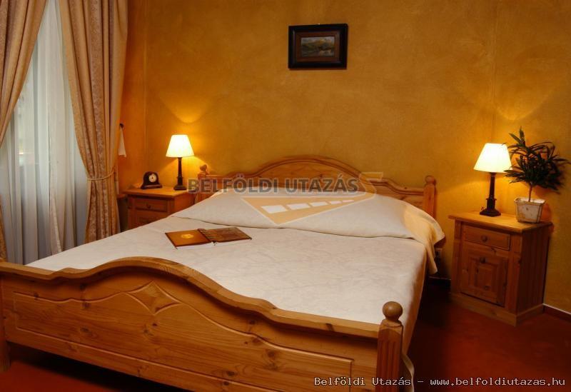 Villa Weber Konferencia & Wellness Hotel (2)