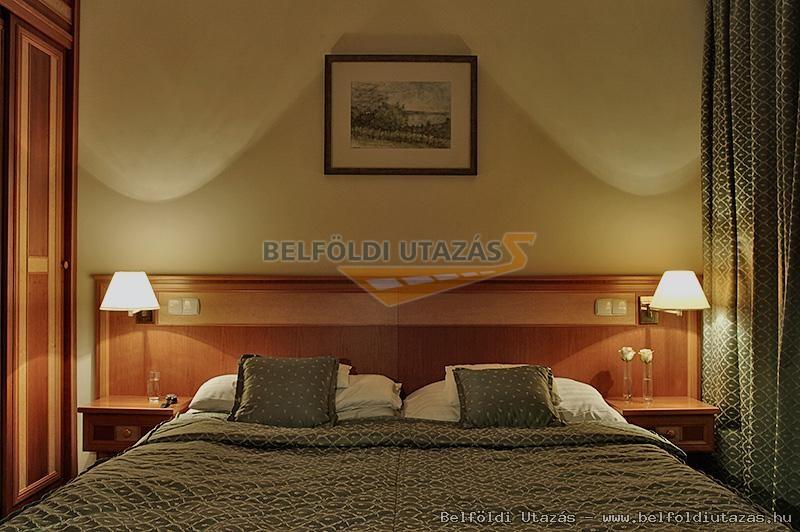 Hotel Palace **** (2)