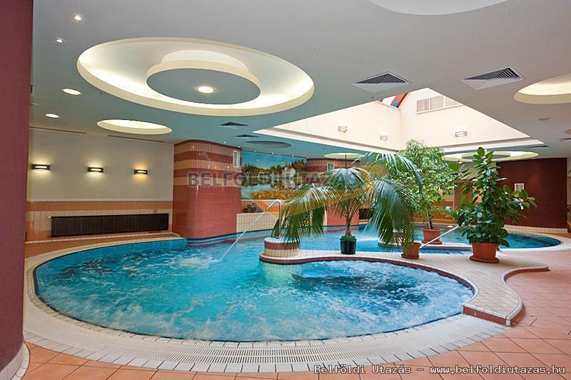Hotel Palace **** (9)