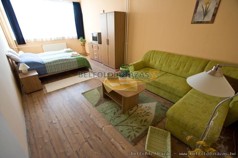 Vasvirág Hotel (2)
