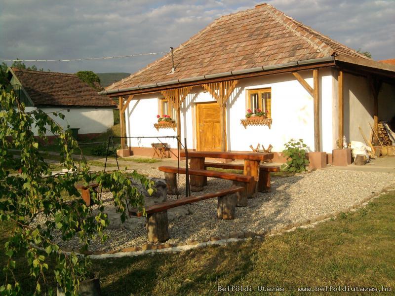 Az új épület A kis ház